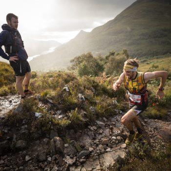Maximální nasazení na vertikálním kilometru ve skotském počasí
